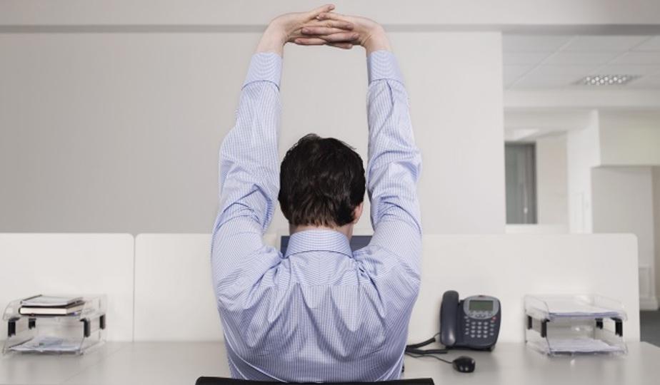 簡単な呼吸法とエクササイズで姿勢が良くなり背中の痛みも軽くなる