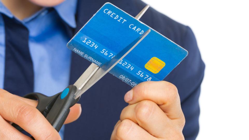 なぜ消費者金融のCMは楽しげで親しみやすいものばかりなのか~マネーハック心理学31