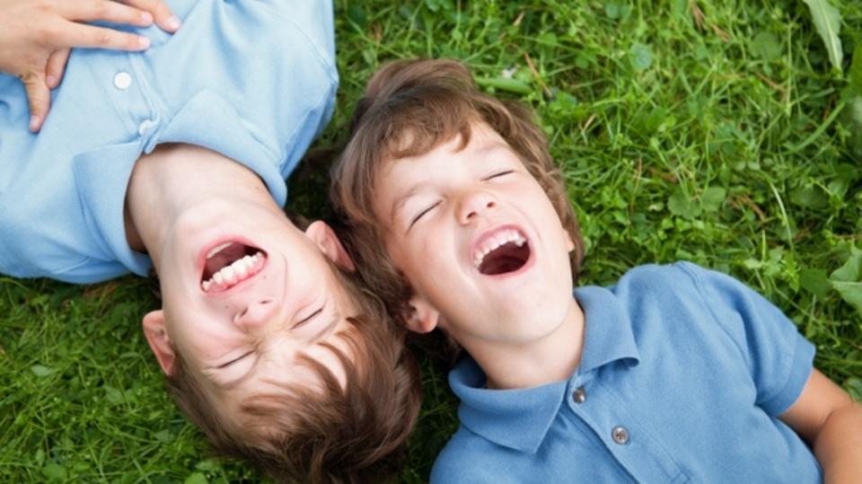 なぜ「兄弟や姉妹」はこんなに違うのか?:研究結果