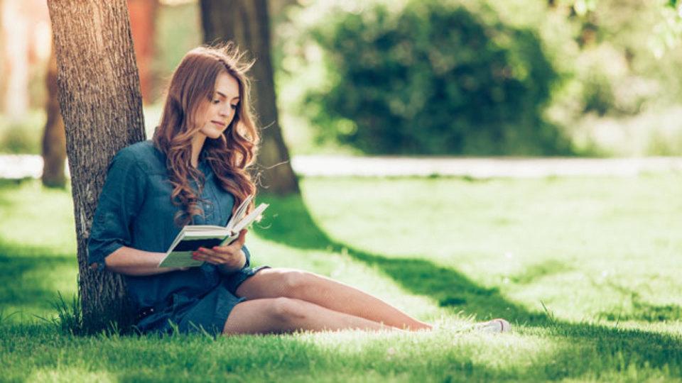 休憩中の読書で得られるメリットを知ろう