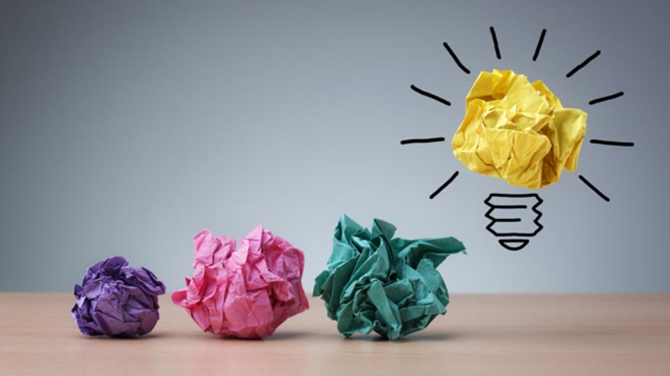 メモを見直す習慣をつけ、「発想術」を磨こう