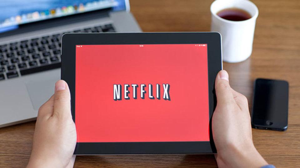 比較:Netflix、Hulu、dTV...5つの動画配信サービスのどれが良いのか?