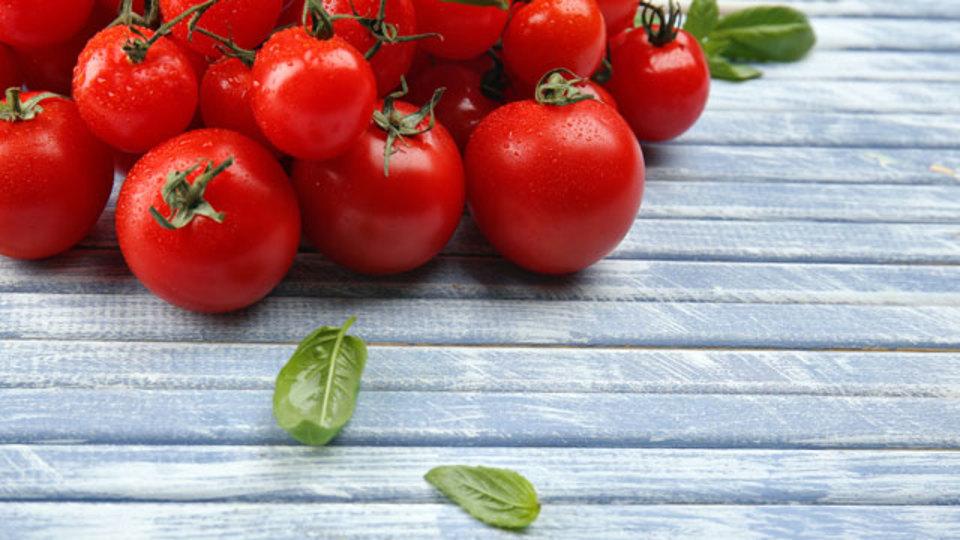 トマトは冷やす前に温めたほうがおいしくなる