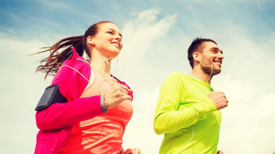 走行距離と走行時間、ランニングはどちらを目安にするべき?