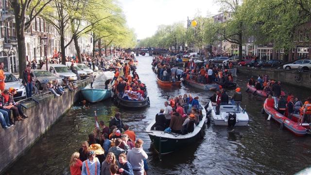 150919amsterdam_canal.jpg