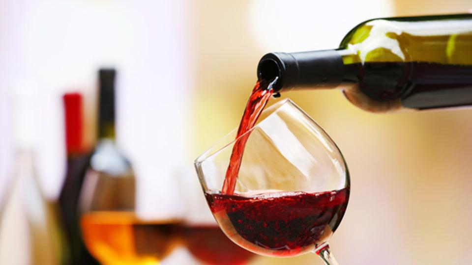 コーヒーの飲み方から好みのワインを知る方法