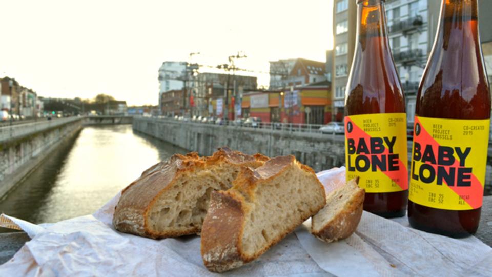 売れ残りのパンからつくったベルギービール
