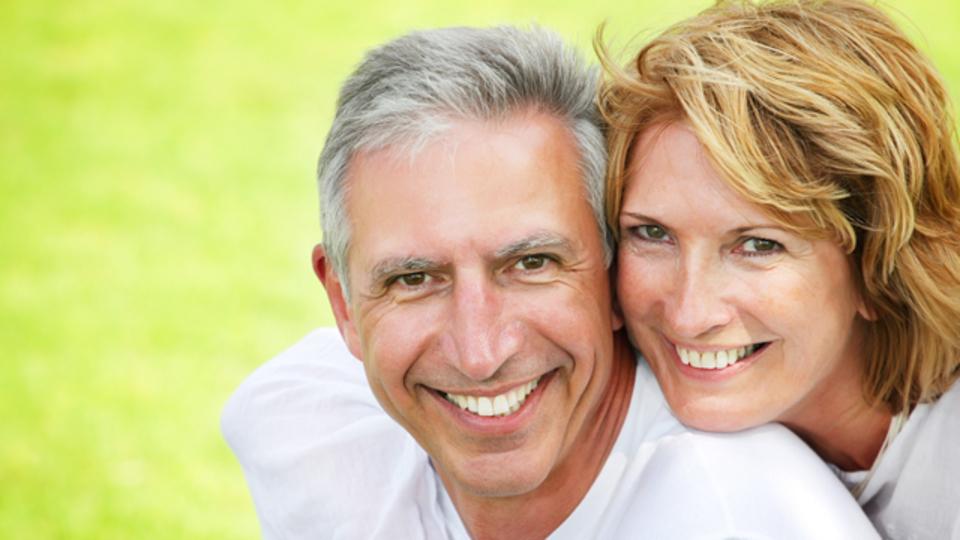 パートナーとの関係を良好にする5つの「愛の言語」