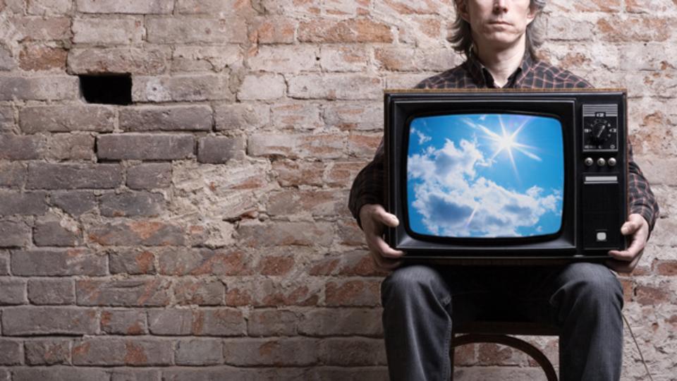 デジタルは、結局「テレビ業界」を殺さない。その生き残る理由を示す、5つのグラフ