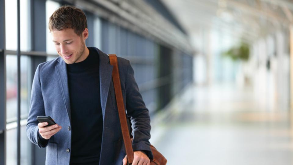 旅するように世界で働ける9つの職業