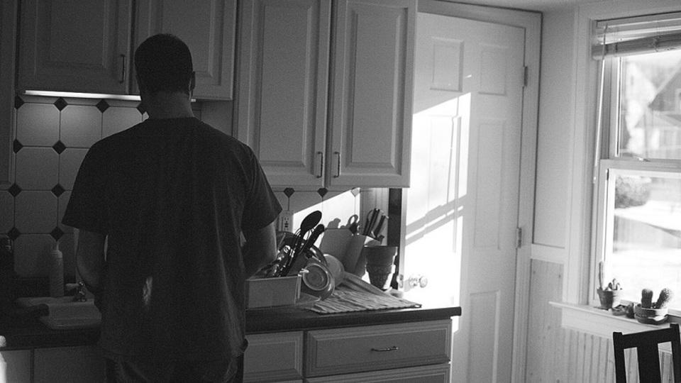 退屈な雑用を変える「マインドフルネス皿洗い」のすすめ