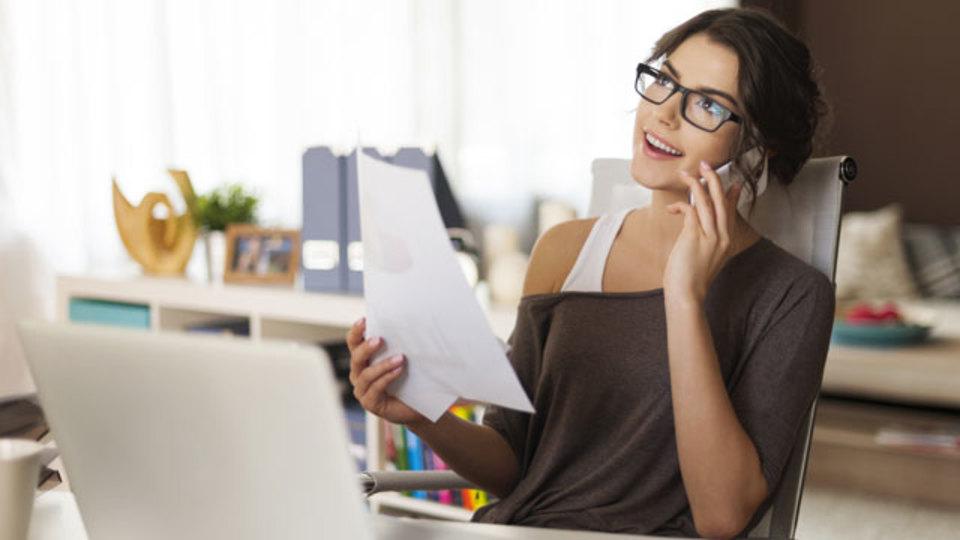 執筆作業の生産性をあげるために作業空間を整えよう