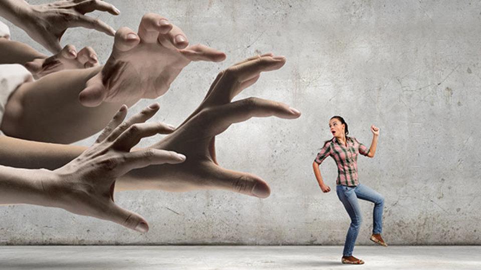 恐怖と不安を乗り越えるための4つのステップ