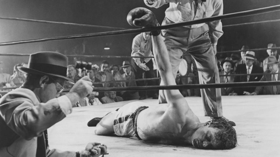 ボクシングと総合格闘技ではどちらがより過酷なのか:研究結果