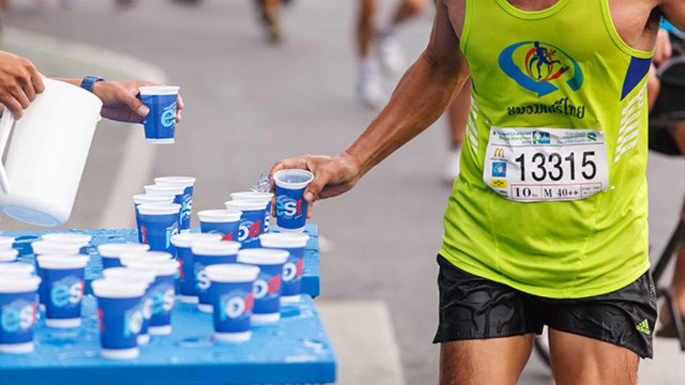 スポーツのパフォーマンスを高める効果的なカフェインの摂り方