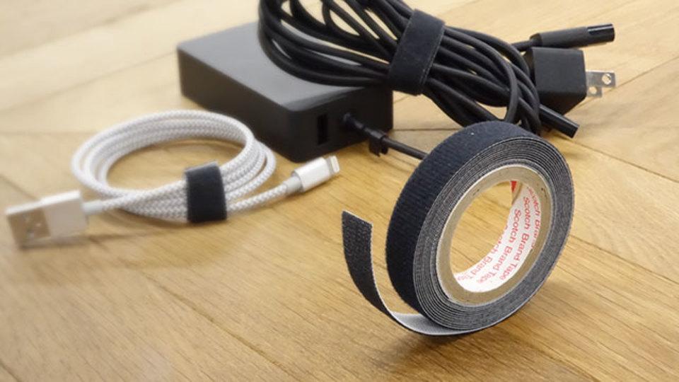 充電ケーブルのまとめに。テープみたいなマジックベルト【今日のライフハックツール】