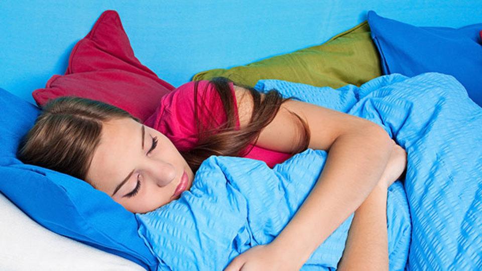 週末の寝だめは体によくない?