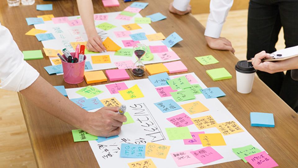 オープンスタイルのミーティングこそが創造性を解き放つ