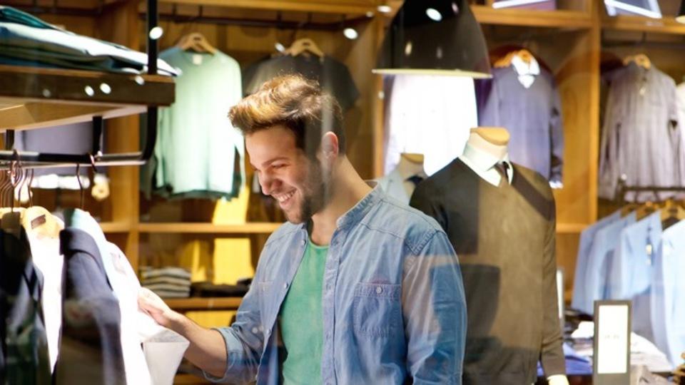 安い服はかえって高くつく:「量より質」のススメ