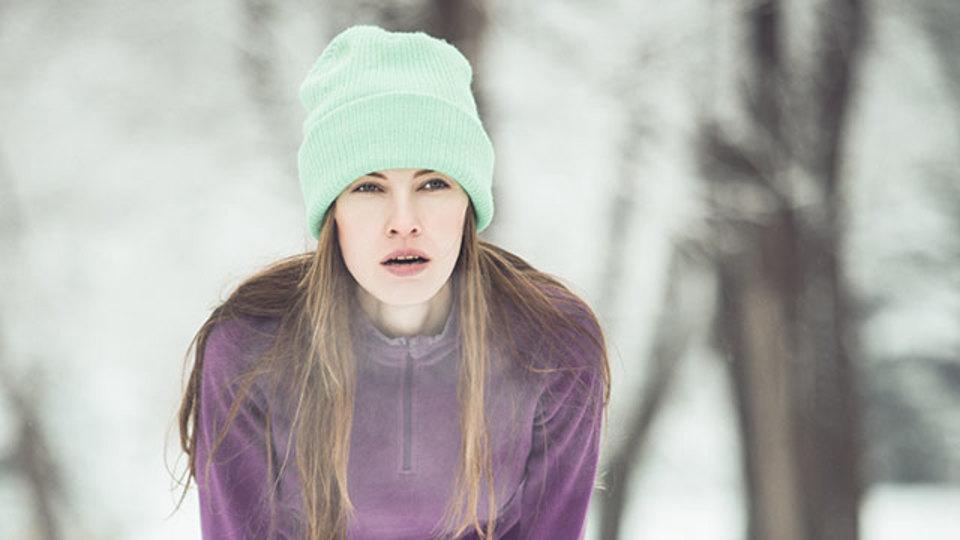寒い時に運動すると息が切れるのはなぜ? その理由と対策