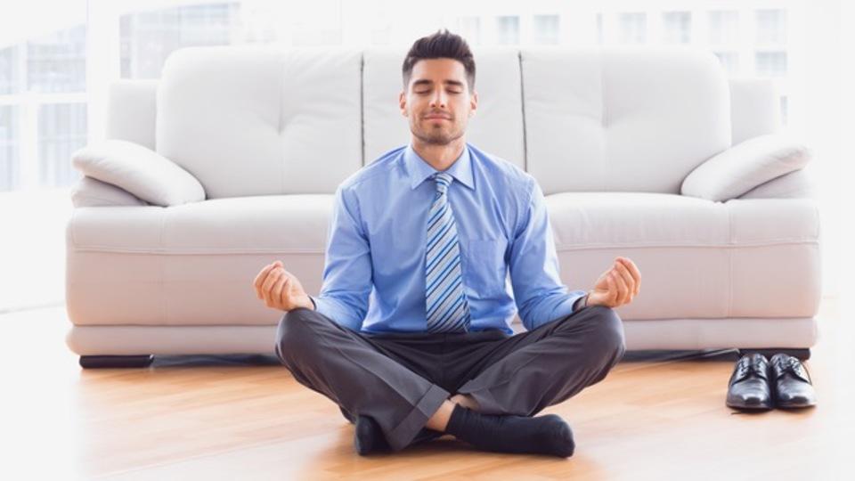 瞑想で自分の心を理解し自由になろう。初心者のための瞑想ガイド
