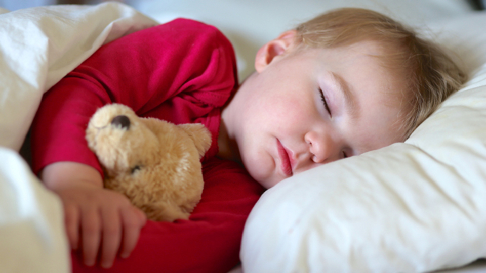 眠る体勢を変えることで得られるメリット