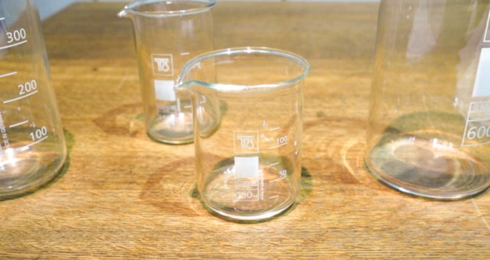 食器以外にも活用できるビーカー風グラス【今日のライフハックツール】