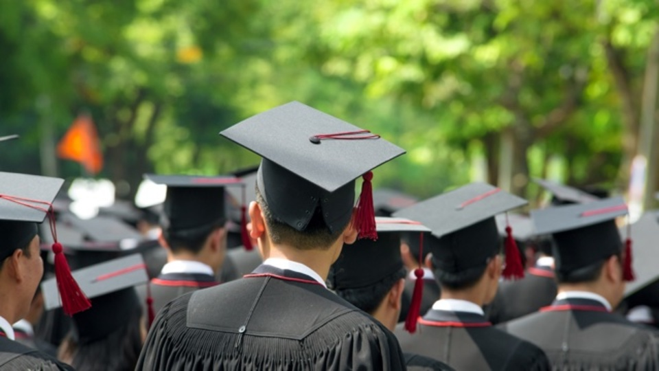 エリート大学を出ても全ての職業で高い給与が期待できるわけではない