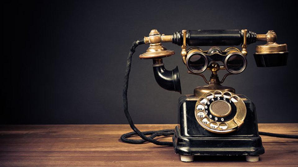 ダイヤル式電話の使い方は映画館から広められた