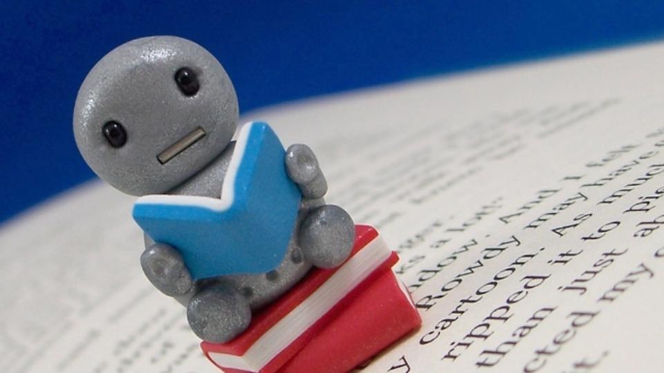 「ロボットの反乱」を防ぐには「お話」を読ませるのが効果的?