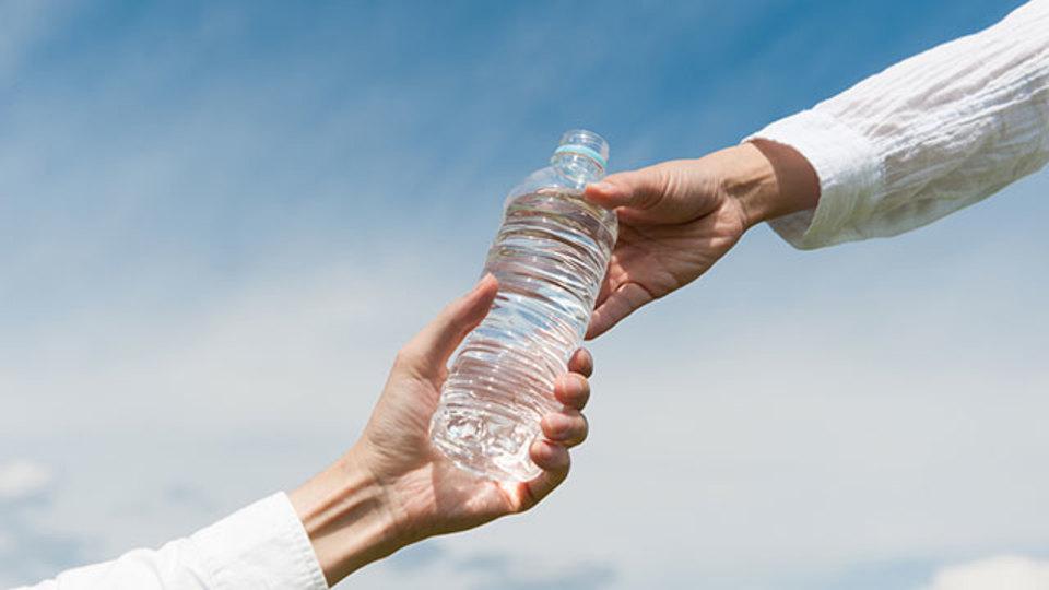 緊急用の水ってどれくらい必要?