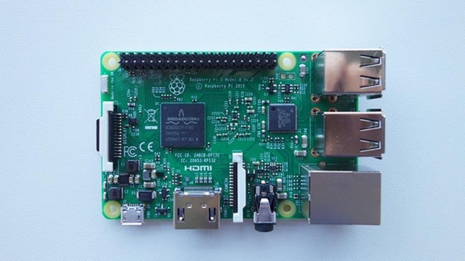 どこが変わった?Raspberry Pi 3の新機能を検証