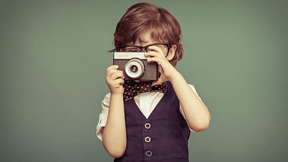 レトロな写真や動画、音楽を楽しめるiPhoneアプリ