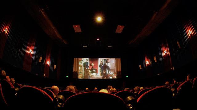 観客が原因で、映画館の空気はシーンごとに変わる?