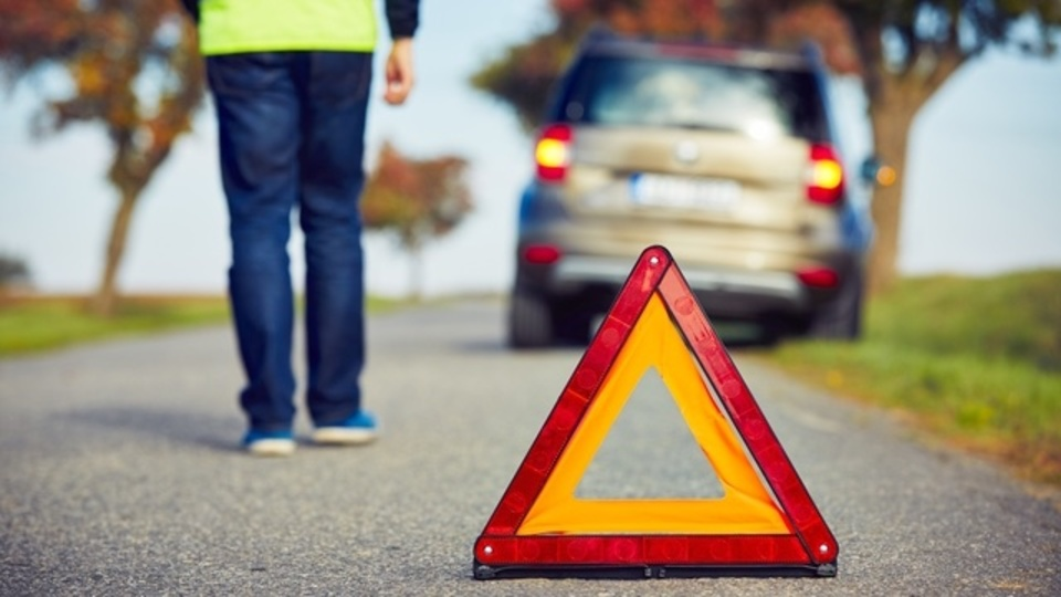 Googleが特許取得した「車で人をハネてもケガを最小限にするアイデア」