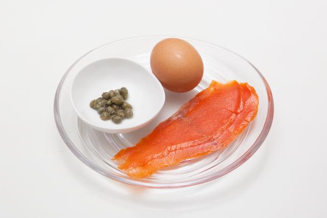 160611poachedegg_salmon-1.jpg