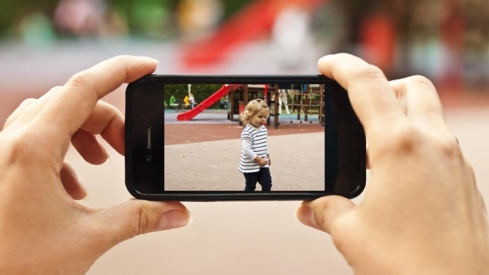 子ども関連の投稿が多い人は高血圧予備軍?ソーシャルネットワークと健康の意外な関係