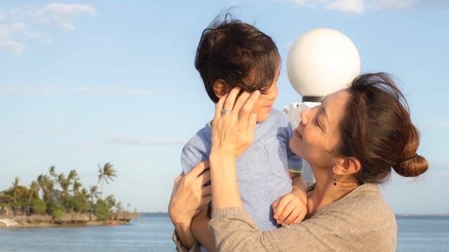 家族3人でセブ島へ移住し英語留学。「親子留学のリアル」をレポート