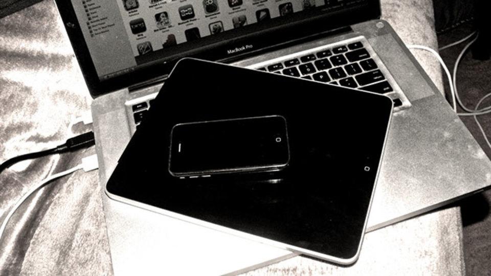 iPhoneやiPadでうっかり消去してしまった写真を復元する方法