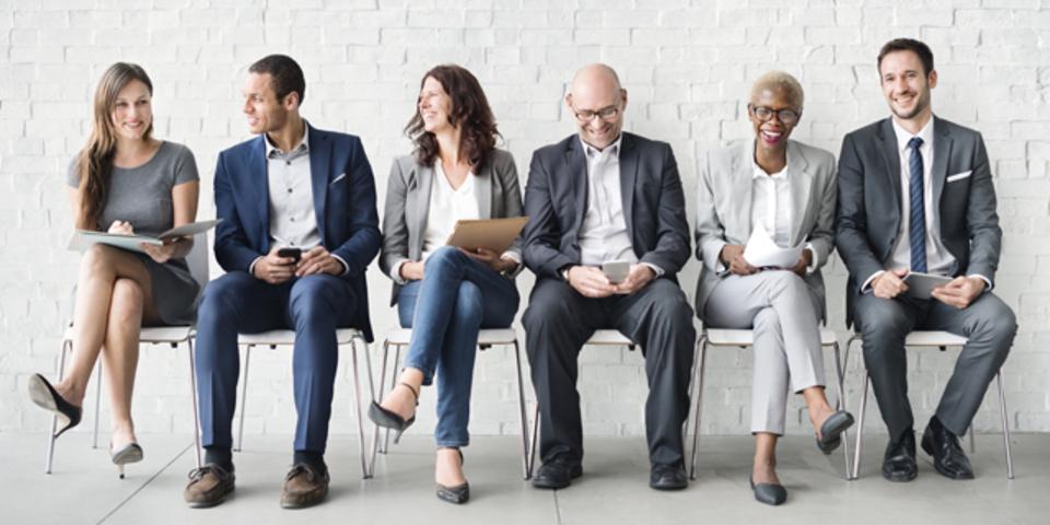 就職面接がうまくいく時間帯と長さとは?