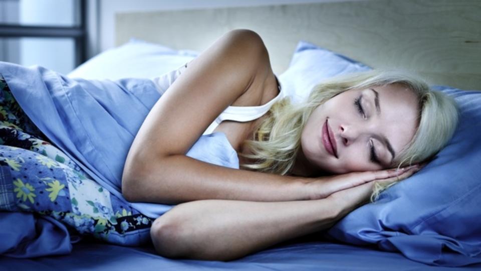 神経科学者も気鋭の起業家も言ってます、「寝るのも仕事のうち」