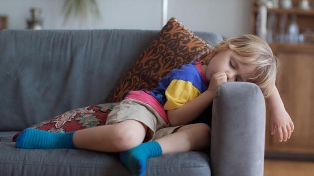 専門家がすすめる「子どもの健康に必要な睡眠の量」