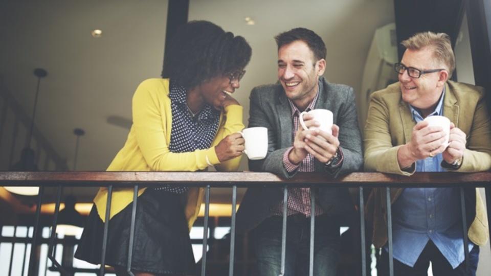 英会話力を引き上げる「スモールトークの技術」を磨く方法