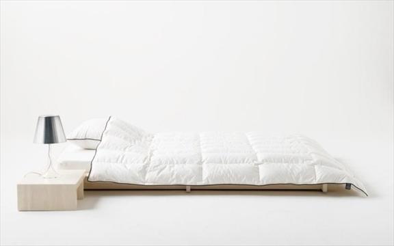 寝苦しい夜もマザーグースがそっと羽でくるんでくれる、「マザーグース肌掛け」でぐっすり