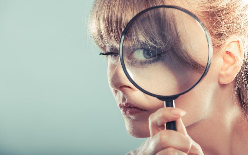 秘密捜査員に聞く:説得力のある嘘をつく方法