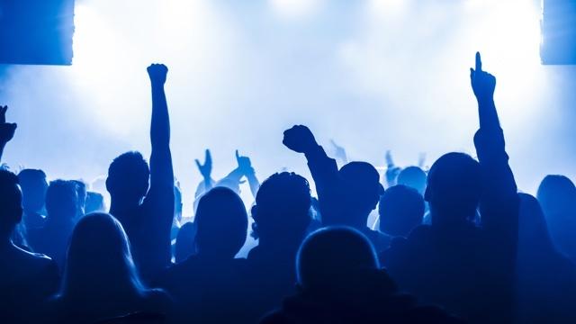音楽が仕事に役立つかもしれない科学的な理由