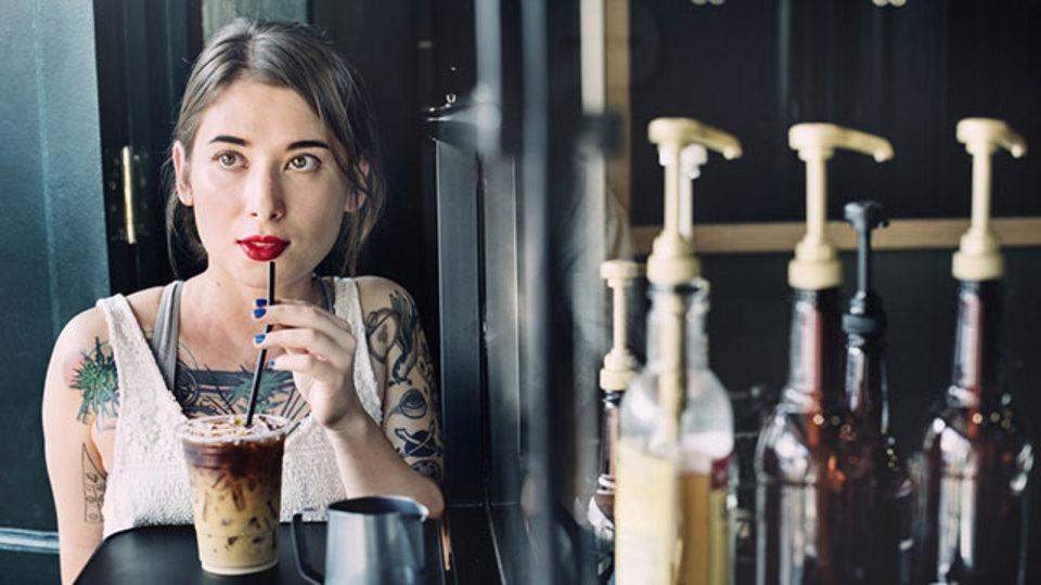 とろけるように甘い水出しコーヒーを味わいたいならシロップを変えよう