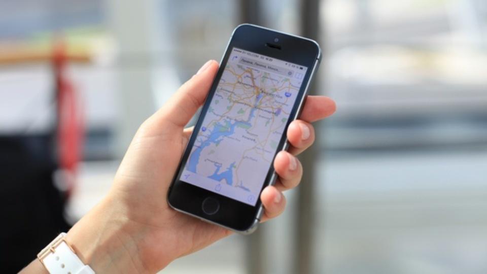 AppleとGoogleの純正マップアプリに見られる根本的な違い