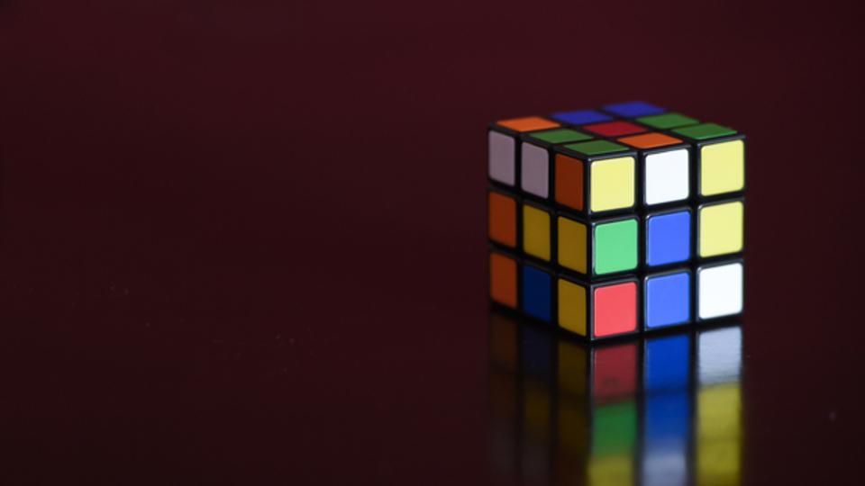 ルークビックキューブを2分以内に解く方法