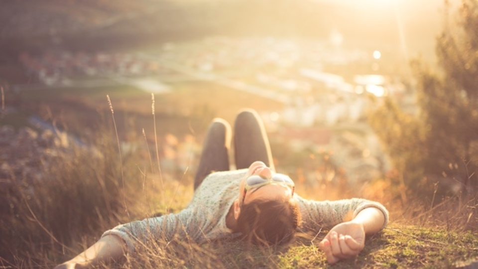 「自分が自分に語りかけるストーリー」を意識して幸せになる